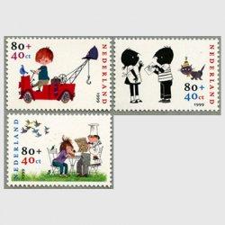 オランダ 1999年児童福祉3種