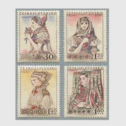 チェコスロバキア 1956年民族衣装の女性4種