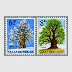 チェコ共和国 2004年Podhradiのナラの樹など2種