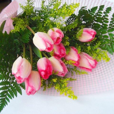 季節の花一種の花束チューリップピンク色10本一部地域送料無料