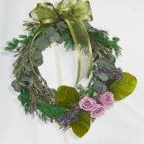 紫のバラのプリザーブドフラワーリース