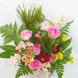 バラと季節の花のお任せお正月フレッシュアレンジ3000円