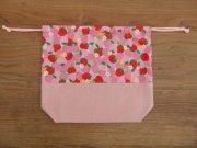 給食袋 巾着 いちご柄 ピンク 20×23×6cm