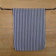 エプロン収納巾着 紺のストライプ