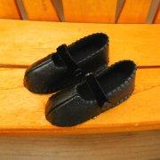 ストラップタイプの靴 合皮 黒 28cmサイズ