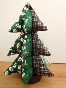 布のクリスマスツリー
