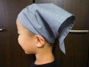 ミニギンガムチェックの三角巾・黒・ゴムタイプ