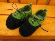 スニーカータイプ 靴 グリーン×黒 34cmサイズ