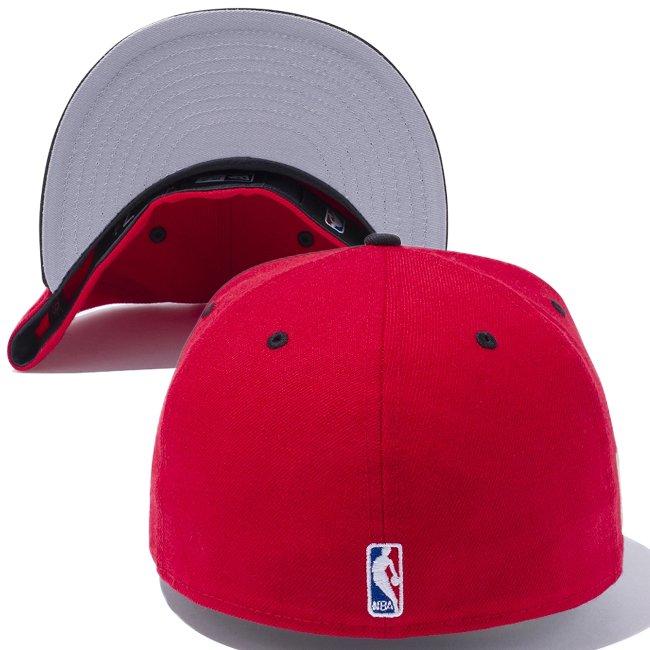 ニューエラ 5950キャップ ツートーンボディ NBA ヒートシール シカゴブルズ スカーレット ブラック メタリックレッド ブラック ホワイト ブラックの画像