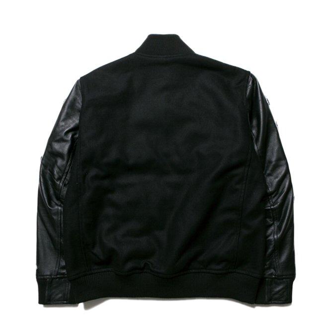 ニューエラ スタジアムジャケット フルパッチ ブラック ブラック ブラック ホワイト ホワイトの画像