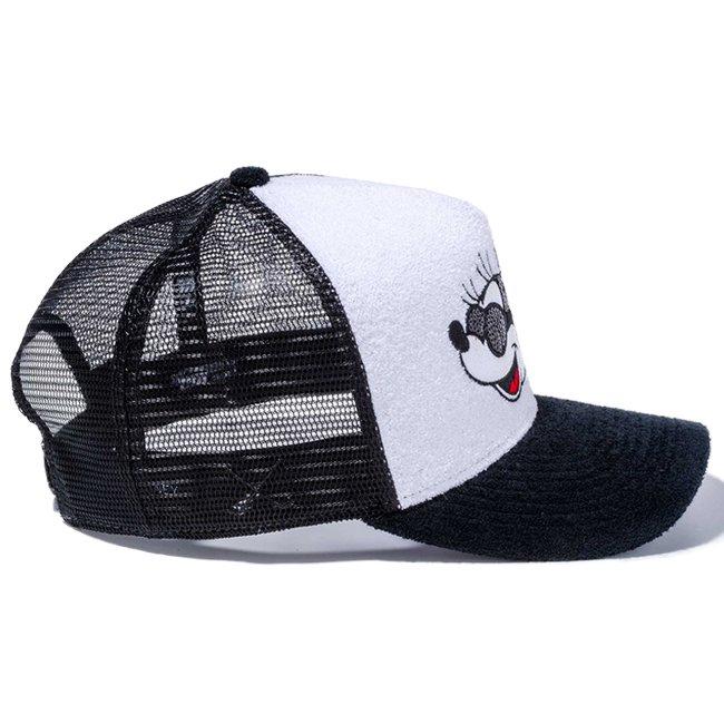 ディズニー×ニューエラ 940 スナップバック キャップ ゴルフ エーフレームトラッカー シークインド ミニー ホワイトパイル ブラックメッシュ ブラックパイル オフィシャルカラー スノーホワイトの画像