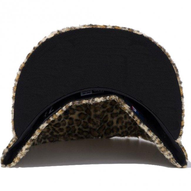プレイボーイ×ニューエラ 950 スナップバック キャップ レオパードファー ラビットヘッド ブラウンレオパード ブラック シーシェル ブラックの画像