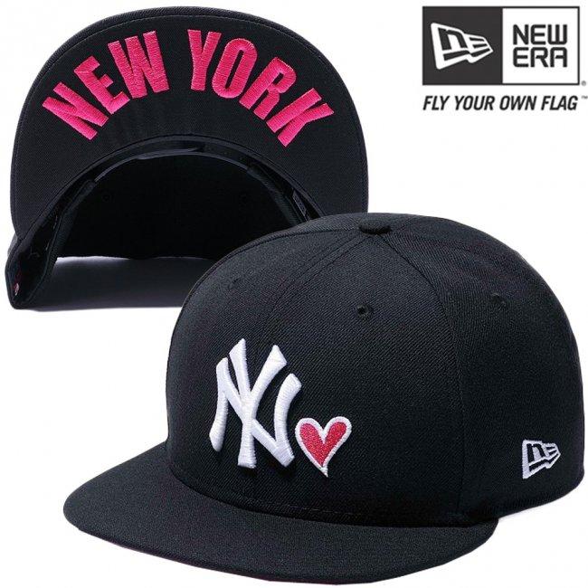 ニューエラ 950キャップ ハートロゴコレクション ニューヨークヤンキース ブラック スノーホワイト ストロベリー スノーホワイトの画像