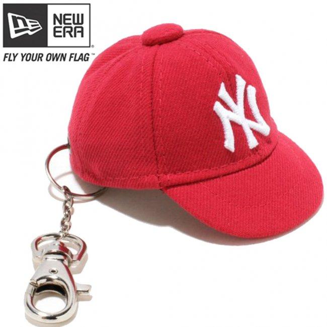 ニューエラ キャップキーホルダー ニューヨークヤンキース スカーレット ホワイトの画像