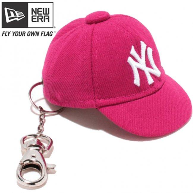 ニューエラ キャップキーホルダー ニューヨークヤンキース ブライトローズ ホワイトの画像