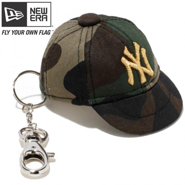 ニューエラ キャップキーホルダー ニューヨークヤンキース ウッドランドカモ メタリックゴールドの画像