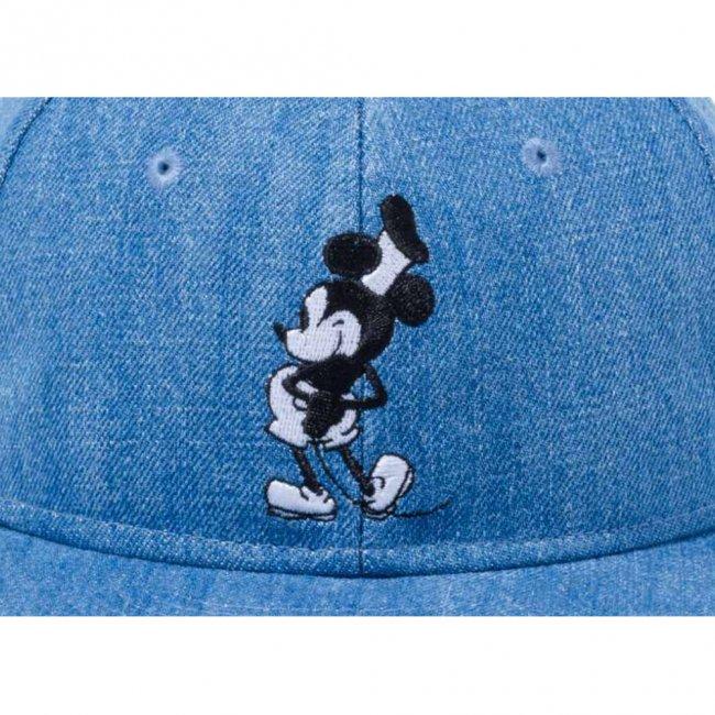 ディズニー×ニューエラ 950 スナップバック キャップ ミッキーマウス ウォッシュドデニム キャラクターカラー スノーホワイトの画像