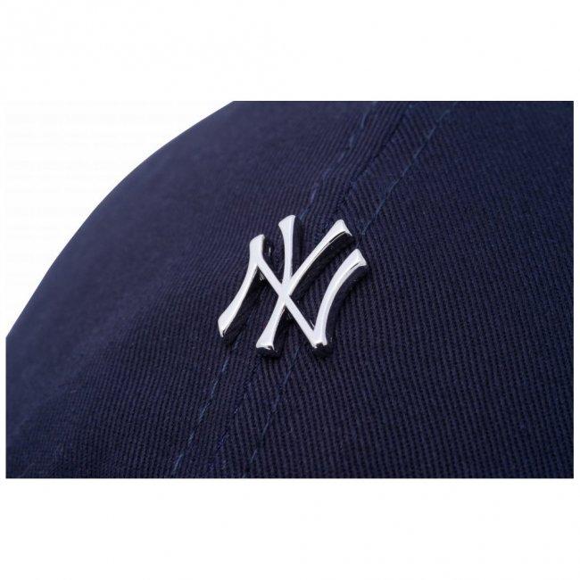 ニューエラ 930キャップ クローズストラップ メタルロゴ ニューヨークヤンキース ネイビー シルバー スノーホワイトの画像