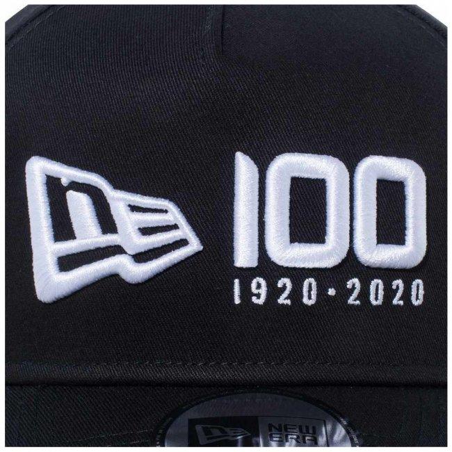 ニューエラ 940 スナップバック キャップ エーフレーム ニューエラ 100th  アニバーサリー ロゴ ブラック スノーホワイトの画像