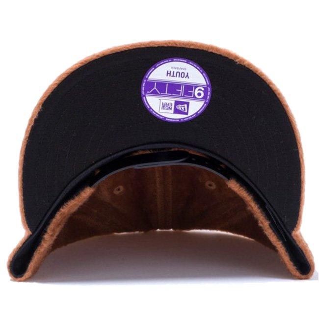 ニューエラ 950 スナップバック キッズキャップ シンセティックファー ニューヨーク ヤンキース ブラウン ブラウン ブラック ブラックの画像