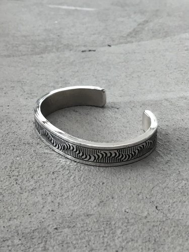 Navajo Bangle [Wylie Secatero]