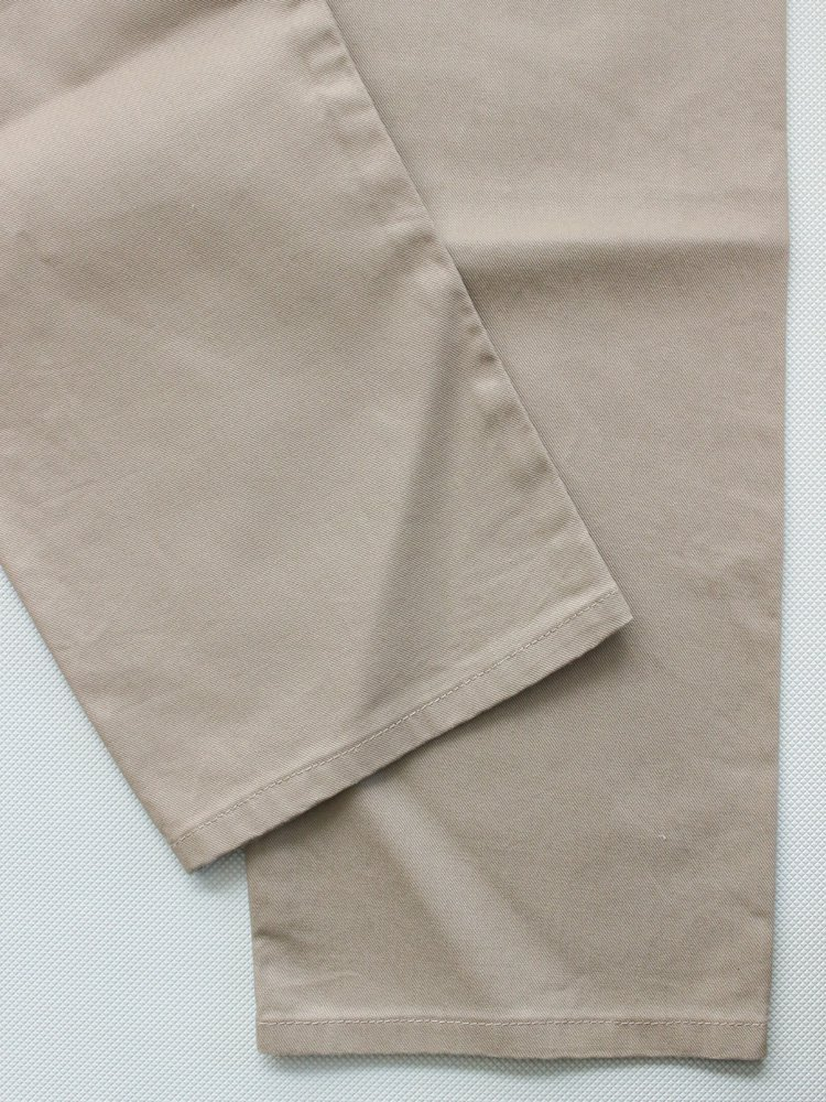 Nasngwam.   ナスングワム SEAMLESS PANTS #BEIGE