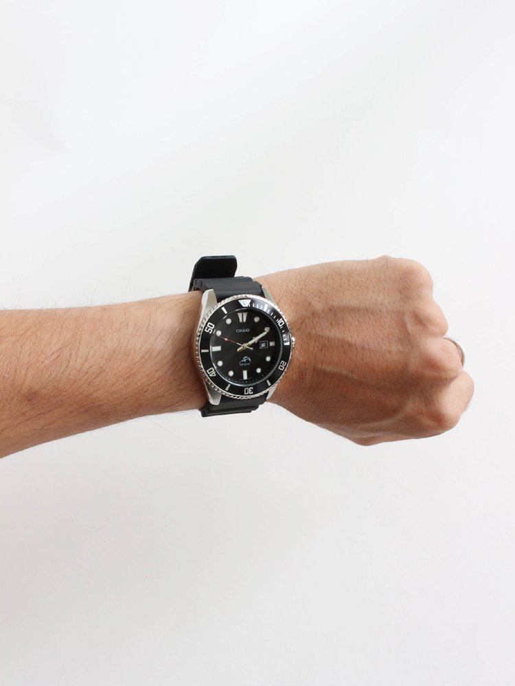 DIVERS WATCH 200M #SILVER/BLACK [MDV-106-1A]