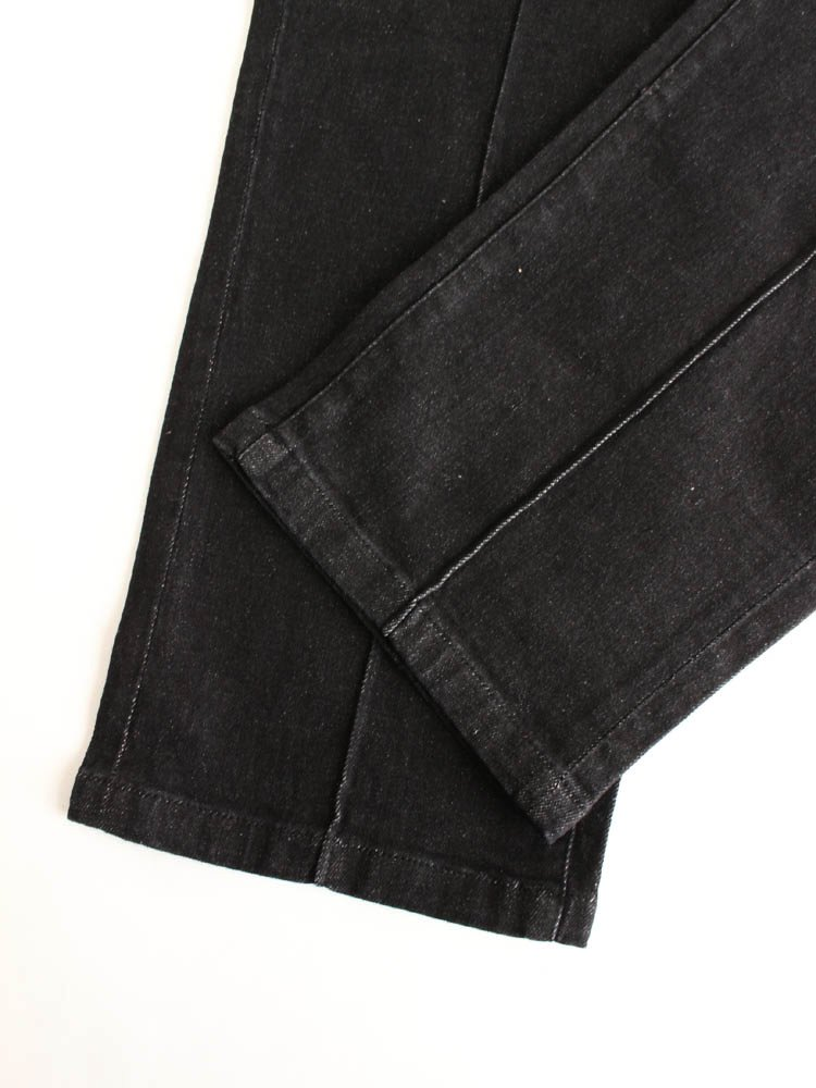 PIN TUCK EASY DENIM PANTS #BLACK DENIM [20SS-B02]