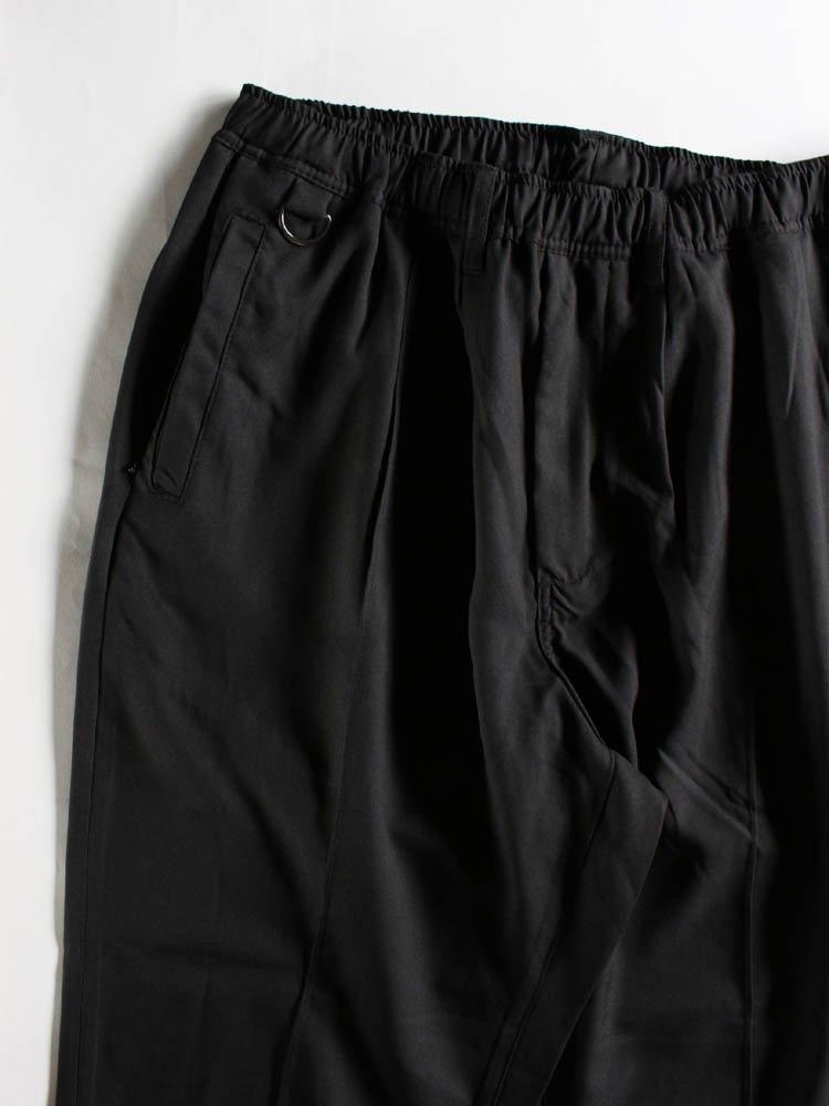 PIN TUCK EASY SLACKS #BLACK [20SU-B02]