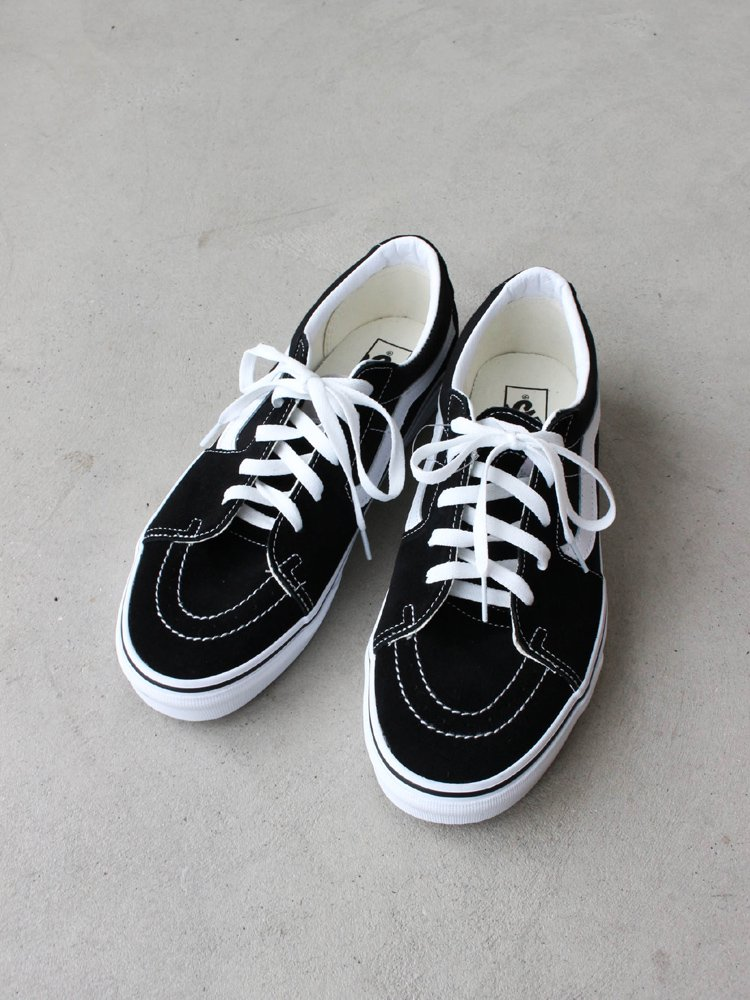 SK8-LOW #BLACK/TRUE WHITE [VN0A4UUK6BT]