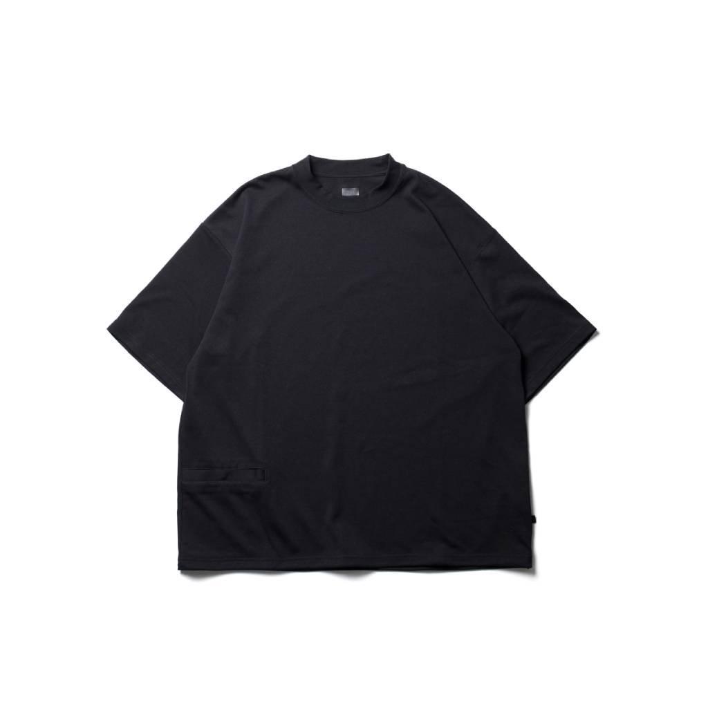 DAIWA PIER39|TECH 1P HI-CREW NECKT-SHIRTS #BLACK [BE-38221S]