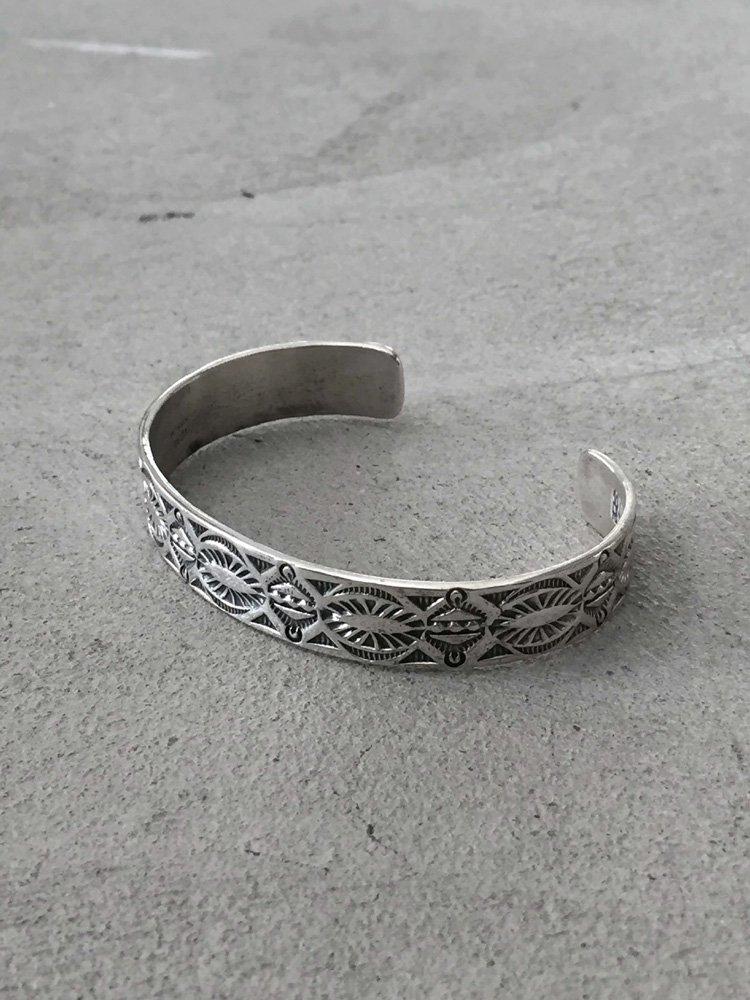 Indian Jewelry   インディアンジュエリー Navajo Bangle [Henry Mariano]