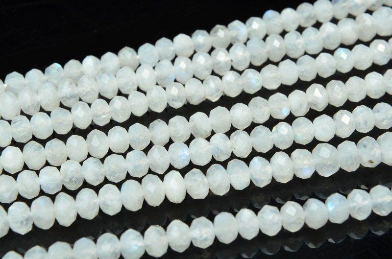 ブルームーンストーン 3x4mm ボタンカット 1連(約38cm)_R5832-3 天然石 卸売問屋 パワーストーン卸通販の福縁閣 ブレスレット 連ビーズ