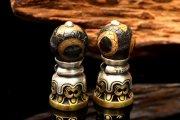 Silver925 チベット密教法具 三眼天珠 26x11mm チベット印 貫通穴 ビーズ 1個売り_PRG573