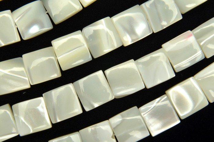マザーオブパール スクエア 8mm 1連(約35cm)_R2134 天然石 卸売問屋 パワーストーン卸通販の福縁閣 ブレスレット 連ビーズ