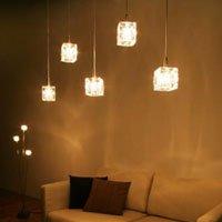 オシャレな空間照明 キューブ型のガラスシェードペンダントライト/5灯 ワンタッチ取り付け
