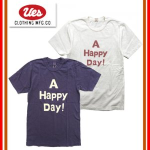 651841 「A HAPPY DAY」 プリントTシャツ